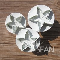 Plastic angle biscuits - SLH007 five angle leaf Plunger Fondant Decorating Sugarcraft Biscuits Cutter Gum Paste Tools Cupcake Kitchen Cookie accessories