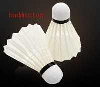 Wholesale Bird Badminton shuttlecock high quality Badminton Resistant to play Badminton minimum price shuttlecock