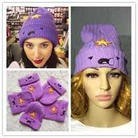 Wholesale made fashion purple Star Wool hat with Smile face Knitted hat for women Embroidered hat