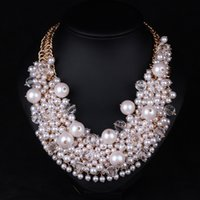 Wholesale New High grade exaggeration White Pearl necklaces clavicle chain Bridal dress accessories jewelry chain pendant Beaded necklace Chokers