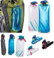 Wholesale Portable folding water bottle Bladder outdoor sport portable folding water bag ML Water Bottle Collapsable oz
