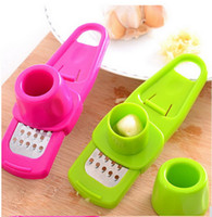 Wholesale 1pcs High quality multi functional grinding the garlic Presses Grinding Grater Planer Slicer kitchen gadgets jiang qi slice cooking tools