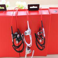 Wholesale Advantages shipments Magic sound PB2 Bluetooth ear style headphone mini version of PB