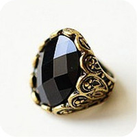 Cheap R014 NEW Fashion Retro Big Black Oval Gem Stone Rings Carve Patterns for Party Vampire Diaries same Design Luxurious Rings #52