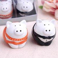 Wholesale Orange and black color pig bride groom Salt Pepper Shakers SET wedding favor bridal shower gifts