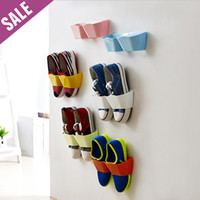 Wholesale Ventilate shoe rack Plastic Wall hanging type shoes rack Storage Hanger organizer Space Saver for shoes