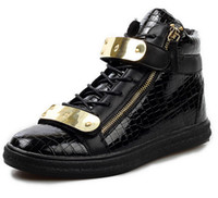 achat en gros de chaussures à fermeture éclair pour les hommes-Nouveau 2014 Design Hommes Sneakers Mode Haut Haut Casual Hommes Chaussures Hommes Sneakers Crocodile Pattern Zipper Metal Boucle Bracelet