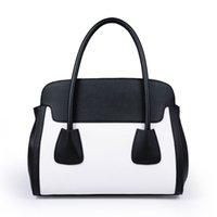Wholesale 2015 handbags bags for women bag fashion models classic hit color smiley shoulder diagonal portable bag lady a generation of fat