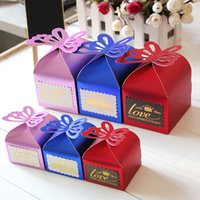 small paper boxes - Red Royal Blue Party Supplies Wedding Favors Boxes Guests Gift New Fashion Wedding Favors Candy Cake Boxes Small Large Purple Butterfly