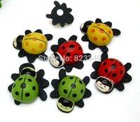 Wholesale 20pcs Mix Color Wood Ladybug Crafts Kawaii Decoration Wall Stickers D Refrigerator Stickers Home Decoration Kids Toys x21mm