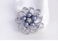 rhinestone brooch - 2016Free Postage Dan Run brooch clothing Korean popular alloy rhinestone pearl brooch selling clothing