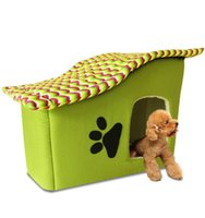 Wholesale High Quality Lovely Footprint Stripe Kennels For Small Dog Puppy Cat Teddy House With Comfortable Mat Sleeping Bed Pet Supplies