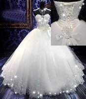 Cheap 2015 Custom Made Lace Applique Bead Sweetheart Neckline Ball Gowns Vintage Wedding Dresses Sexy Bridal Gowns Corset Lace-Up Exquisite