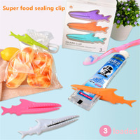 Wholesale 3pcs pack Shark Sealing Bag Clips Sealer Plastic Squeeze Toothpaste Multifuctional Home Food Storage Helper Kitchen Tool
