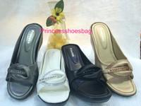 hot flops - Waterproof Bottom Station Wedges Sandals Pattern With Diamond Set Off Hot Sell PU Sandy Beach Toe Flip Flop Champagne Black White Gun