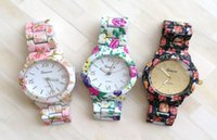 Wholesale 5pcs Pink White Black Fashion Lady Geneva Flower Wristwatches New Girl Women Floral Steel Belt Watches Girls Casual Watch Without Box D2781