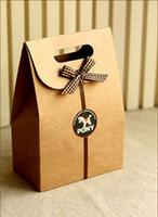 Wholesale Special Korean cartoon handbag christmas gift bag shopping Gift Wrap Vintage Christmas Bear kraft paper bag mini portable handbag