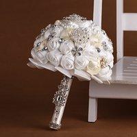 Wholesale Europe wedding bride holding flowers bouquet private custom handmade pearl wedding supplies holding flowers