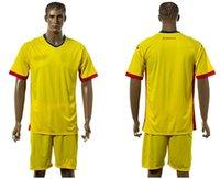 romania-soccer-jersey - 2016 Soccer Kit Uniform jerseys Romania Home Red and Yellow Color camiseta de futbol survetement football shirt