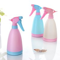 Wholesale Spray Trigger Refillable Bottle Water Atomizer Plastic Candy Color Pressure Watering Pot Makeup Cosmetic Hairdressing Salon