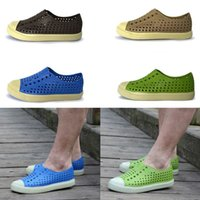 Wholesale Summer New Arrival Casual Men Jefferson Hole Shoes Clogs Men Beach Shoes Breathable Toe Cap Covering Native Style Men s Sandals