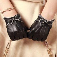 Wholesale New style Genuine leather gloves women touch leather gloves bowknots wrist black goatskin driving gloves