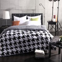 Wholesale soft nature black amp white winter bed quilt VN209