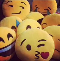Wholesale 15 Styles Lovely Emoji Smiley Pillows Cartoon Facial QQ Expression Cushion Pillows Yellow Round Stuffed Pillow pc Free Ship