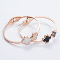 Wholesale Fashion brand rose gold plated L stainless steel white black shell four leaf clover flower bangle bracelet for women SB0074