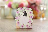 Wholesale 2016 New Arrival hollow gold stamping butterfly flowers wedding favor holder with ribbon chocolate candy box CB5119