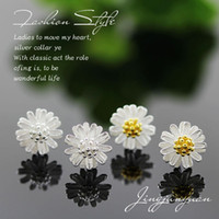 Wholesale New Hot Daisy Earrings Luxury Brand Plating Fashion Jewelry Earings For Women Korean Style Delicate Silver Earrings