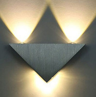 Wholesale Kitop W Aluminum Triangle led wall lamp AC85 V high power led Modern Home lighting indoor and outdoor decoration light