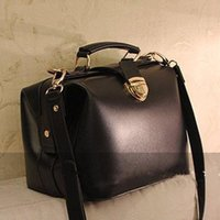 american range - vintage leather doctor bag range of high end European and American oil theft small gold buckle satchel bag retro handbags Z M0172