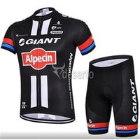Wholesale factory Giant Style Cycling Jersey Sets Short Sleeve black red blue Road Cycling Suit Bib None Bib Set XS XL Ultra Breathable Bike Clothes