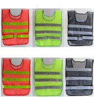 Wholesale Hot reflective safety vest for cleaning sanitation gas station highway personnel working at night breathable fluorescent mesh vest
