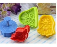 Wholesale Star Wars Cookie Stamp D Biscuit Mold Metal Plunger Cookie Cutters Movie Baking Bakeware Mould TY1664