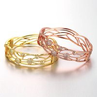 Wholesale Hollow Leaves Brass Bangle Bracelet Embedded with AAA Zircon with An Opening Golden Rose Golden Fashional Accessories for Women J0618