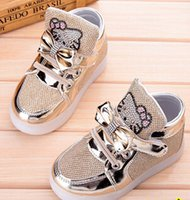 Wholesale 2016 New children s shoes for girls running shoes LED KT cat Bright lights Single shoes size Gold Silver Pink Black