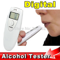Wholesale Portable Mini LCD Display Digital Alcohol Breath Tester Professional Breathalyzer Alcohol Meter Analyzer Detector