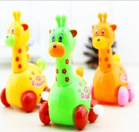 Wholesale Chain wind up cute giraffe put stall in ten months baby educational toys supplies creative gift