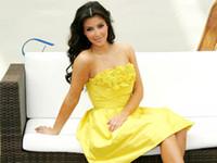 Precio de Vestidos cortos kim kardashian-Kim Partido de tafetán amarillo Kardashian viste barato corto sin tirantes del regreso al hogar de noche formal de los vestidos árabe Vestido de Festa
