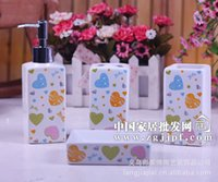 Wholesale Spring series of factory direct heart shaped pattern ceramic bathroom set furniture supplies YS001