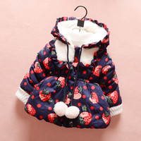 age hood - 2015 Winter baby girls clothing Children outerwear hoodies warm hoodie Strawberry jacket coat kids thicken coat for ages