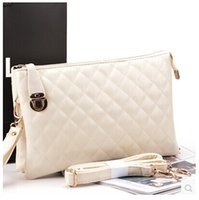 Wholesale New Quilted handbags shoulder diagonal candy bag hit the color envelope clutch bag lady