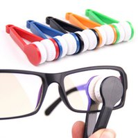 Wholesale New Mini Portable Sun Glasses Microfibre Spectacles Cleaner Glasses Wipe Clean Cleaning Clip Glasses s Companion Mix Colors