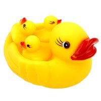 Wholesale Baby Bath Water Toys Duck mother children toys Sounds Yellow Rubber Ducks Kids Bathe Children Swimming Beach Gifts