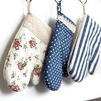 Wholesale Japanese style oven gloves cotton and linen heat resistant gloves cooking tools J140