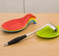 Wholesale Creative high temperature resistant silicone spoon rest pad kitchen cooking tools European Storage support