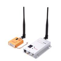 achat en gros de vcd lecteur vidéo-1.2G série 800mW Wireless 8CH émetteur 12 Récepteur Appareil Photo Numérique VCD / Lecteurs DVD Audio Transmission vidéo pour moniteur FPV V928