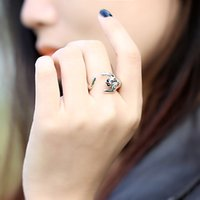 Wholesale Hot sale fashion Sweet Jewelry Womens Cool Silver Plated Kitten Cute Cat Ring With Crystal Eyes rings for women and man J1066
